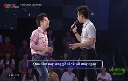 """Nguyên Khang, Việt Khuê """"tỏ tình"""" trên sân khấu """"Trò chơi âm nhạc"""""""