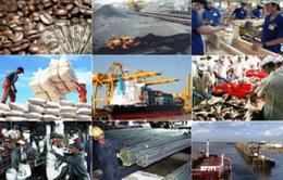 Bloomberg: Kinh tế Việt Nam tăng trưởng vượt dự toán