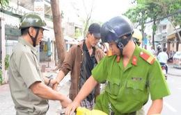 TP.HCM: Ra quân xử lý người nghiện không nơi cư trú ổn định