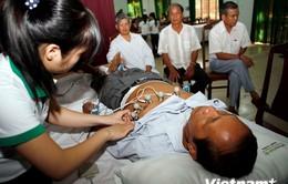 Đà Nẵng tổ chức khám và cấp thuốc miễn phí cho người cao tuổi