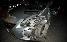 Hà Nội: 2 vụ tai nạn liên tiếp trên cầu vượt Trần Khát Chân