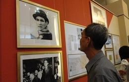 """Triển lãm """"Chủ tịch Hồ Chí Minh với nước Nga qua tài liệu lưu trữ"""""""