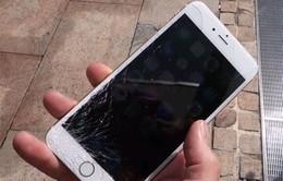iPhone 6 vỡ nát màn hình trong bài thử độ bền