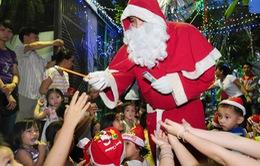 TP. HCM: Vui nhộn đêm Giáng sinh cho trẻ em nghèo