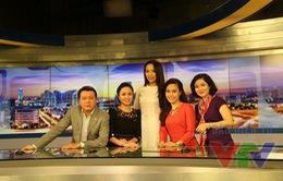 """Tân Hoa hậu Việt Nam rạng rỡ trên trường quay """"Cuộc sống thường ngày"""""""