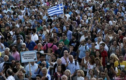 Hàng nghìn người Hy Lạp phản đối gói cứu trợ thứ 3