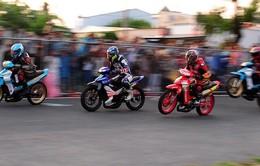 Gay cấn chặng 9 giải đua xe mô tô toàn quốc 2015