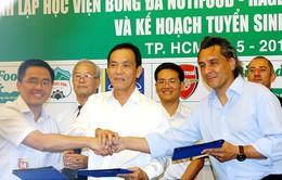 Học trò của HLV Wenger sẽ dẫn dắt học viện NutiFood HAGL ở TPHCM