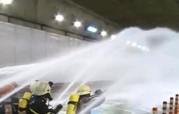 Diễn tập chữa cháy, cứu hộ trong hầm vượt sông tại TP.HCM