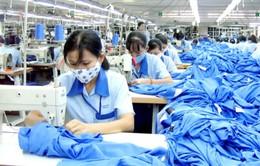 Xuất khẩu dệt may vượt mốc 20 tỉ USD
