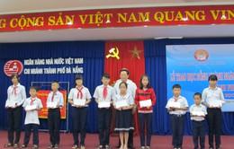 Đà Nẵng: Trao 100 suất học bổng đến học sinh nghèo vượt khó
