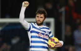 QPR đang nỗ lực giữ chân Charlie Austin