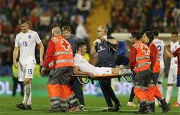 Tin xấu cho Man Utd: Carrick, Smalling chấn thương vì đá cho ĐT Anh