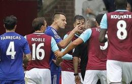 Chelsea, West Ham cùng nhận án phạt từ FA
