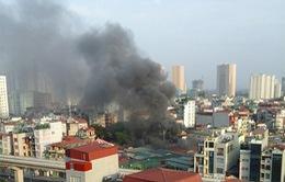 Hà Nội: Cháy lớn tại chợ Phùng Khoang, 4 người bị bỏng nặng