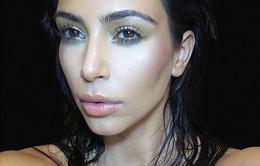 """Lý giải thành công kinh ngạc của Kim Kardashian: """"Siêu vòng ba"""" rẻ tiền hay đắt giá?"""