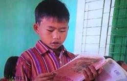 Trung tâm Truyền hình Thanh niên nhận sai sót về hình ảnh 'học sinh cầm sách ngược'