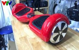 Giới trẻ thích thú với xe điện tự cân bằng đầy cá tính