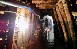 Sập hầm lò tại Hòa Bình, 2 nạn nhân mắc kẹt