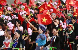 Người dân xúc động và tự hào khi chứng kiến đoàn diễu binh