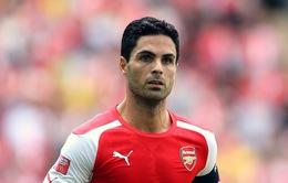 Arsenal mất Mikel Arteta tới cuối mùa giải 2014/15