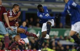 """Giúp Everton thoát thua, Lukaku được """"tâng lên mây xanh"""""""
