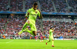 """Messi, Neymar, Suarez đã """"hủy diệt"""" Bayern Munich như thế nào?"""