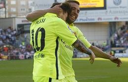 """Messi """"giật"""" vương miện khỏi A.Madrid, Barcelona đăng quang sớm 1 vòng đấu"""