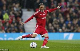 Beckham tái hiện quả tạt thần sầu để Scholes đánh đầu ghi bàn