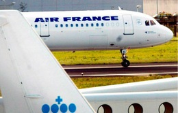 Máy bay của Pháp phải sơ tán khẩn cấp do đe dọa đánh bom