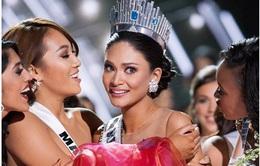 Người đẹp Philippines ngơ ngác đăng quang Hoa hậu Hoàn vũ 2015