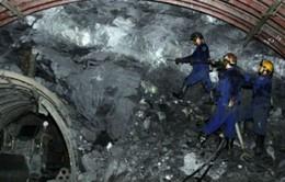 Liên tiếp xảy ra sập hầm lò: Nguyên nhân do đâu?