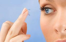 Cách lựa chọn giữa kính áp tròng mềm và thấm khí cứng
