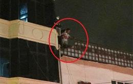 Hà Nội: Hỏa hoạn tại nhà 5 tầng, 3 người nhập viện cấp cứu