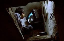 Chuyện của người sống trong căn nhà nhỏ nhất Hà Nội
