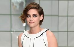 Cận cảnh mái tóc tém tuyệt đẹp của Kristen Stewart