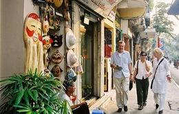 Các phố mua sắm tuyệt nhất Hà Nội trong mắt khách Tây
