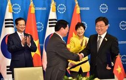 Việt Nam hội nhập tích cực và sôi động trong năm 2015