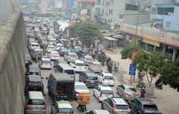 Hà Nội: Ùn tắc đường dẫn cao tốc trên cao dịp cận Tết