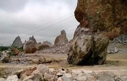 """Khai thác tại mỏ đá: """"Tử thần"""" rình rập"""