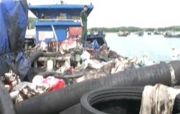 Phát hiện tàu vận chuyển chất thải nguy hại trên biển