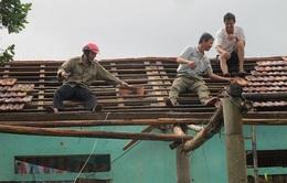 Quảng Bình: Lốc xoáy làm tốc mái hàng chục ngôi nhà