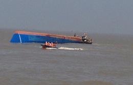 Chưa tìm thấy hai nạn nhân còn lại trong vụ chìm tàu ở TP.HCM