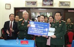 Đại tướng Lê Đức Anh tặng Thư viện Quân đội 1.200 cuốn hồi ký