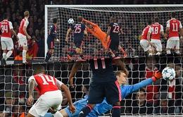 Cech và Neuer được ca ngợi hết lời sau cuộc đại chiến Arsenal - Bayern