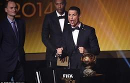 """Giành bóng vàng, C.Ronaldo được siêu cò Mendes """"tâng lên mây"""""""