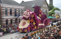 Mãn nhãn lễ hội hoa hoành tráng tưởng nhớ danh họa Van Gogh