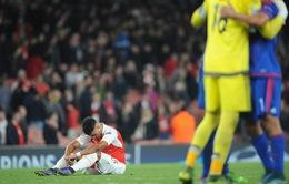 Arsenal có thất bại lịch sử trước Olympiakos: Công làm, thủ phá