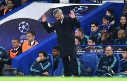 Mourinho chắc chắn không bị Chelsea sa thải