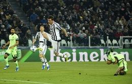 HLV Pellegrini bực tức vì thua oan uổng Juventus
